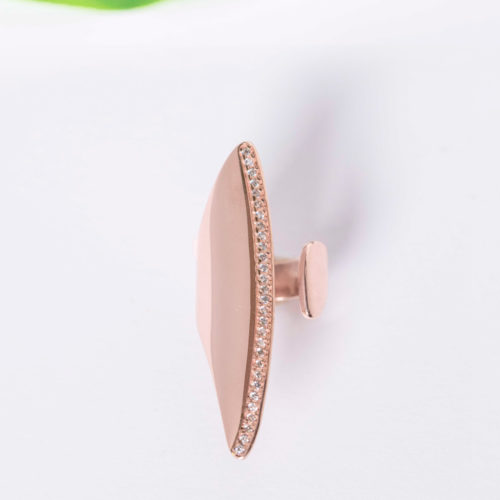Pink Gold Chevalier, white stones, statement ring