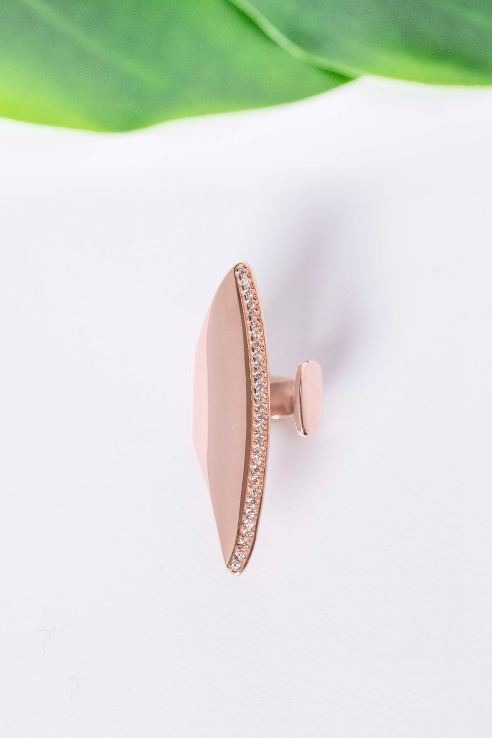 Pink Gold Chevalier, white stones, statement ring