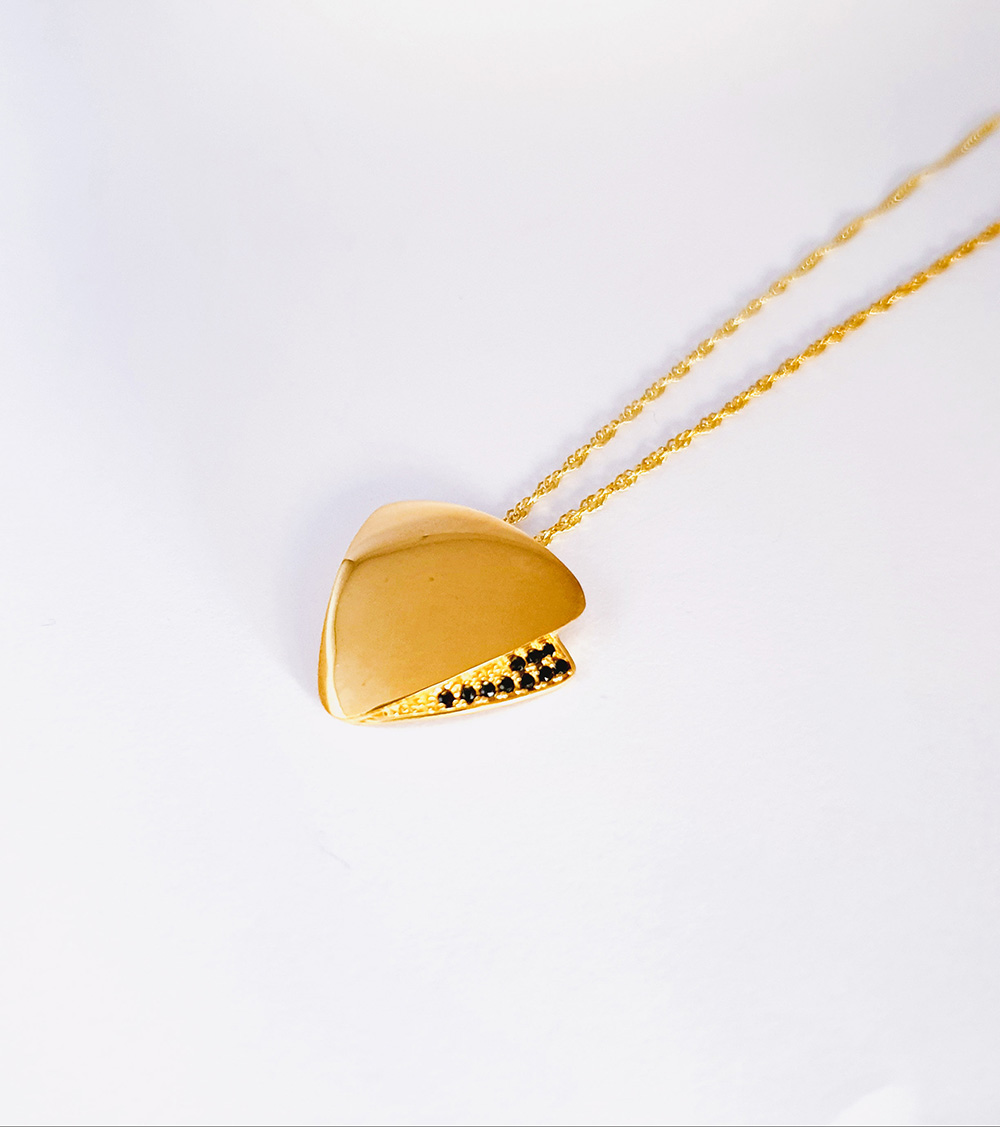 Sterling silver 925, silver pendant, gold plated, black stone pendant,