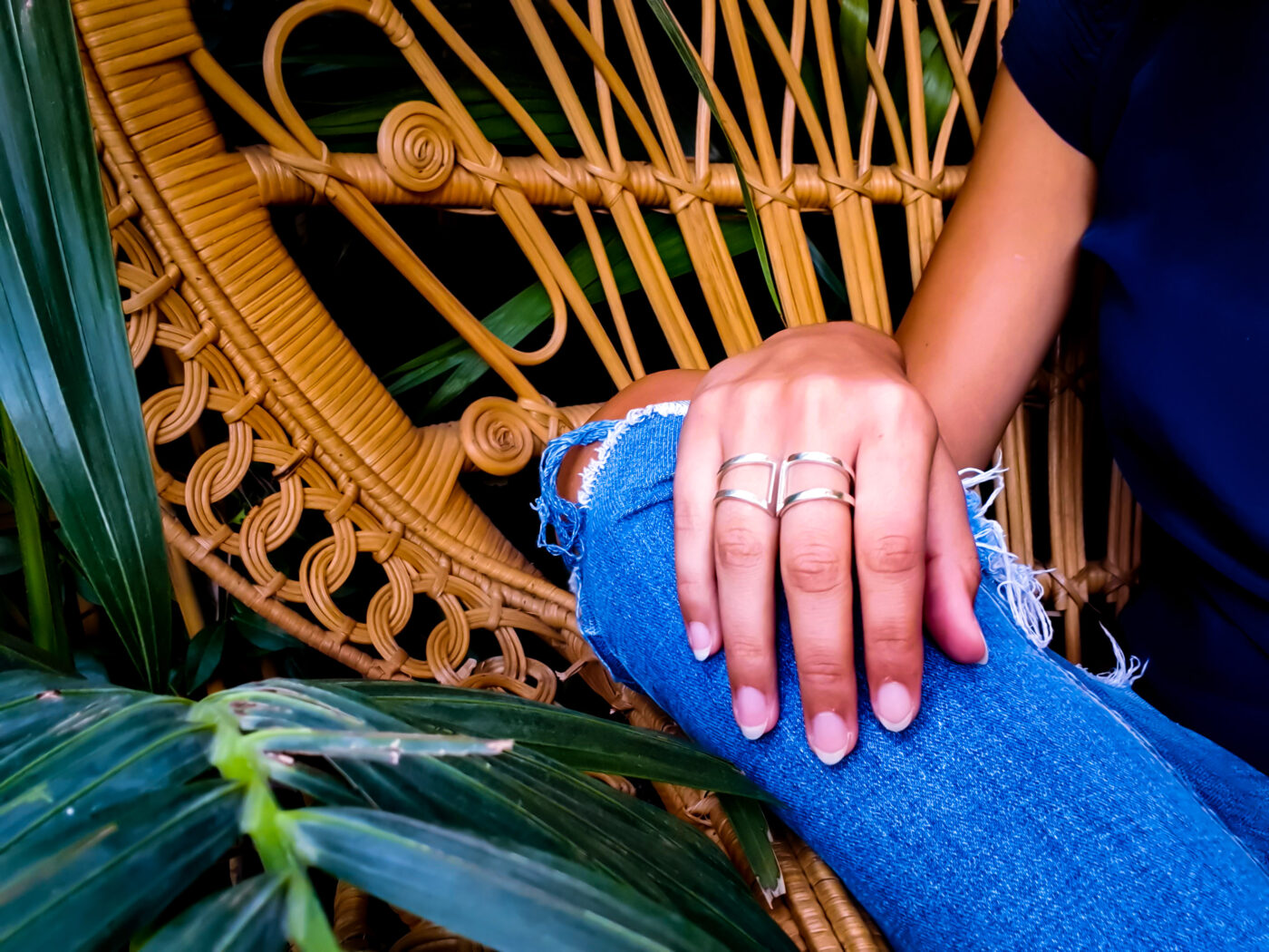 SILVER STATEMENT RINGS WITH COOL GIRL